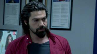 Murat, Zeynep'e sevgisini böyle kanıtladı