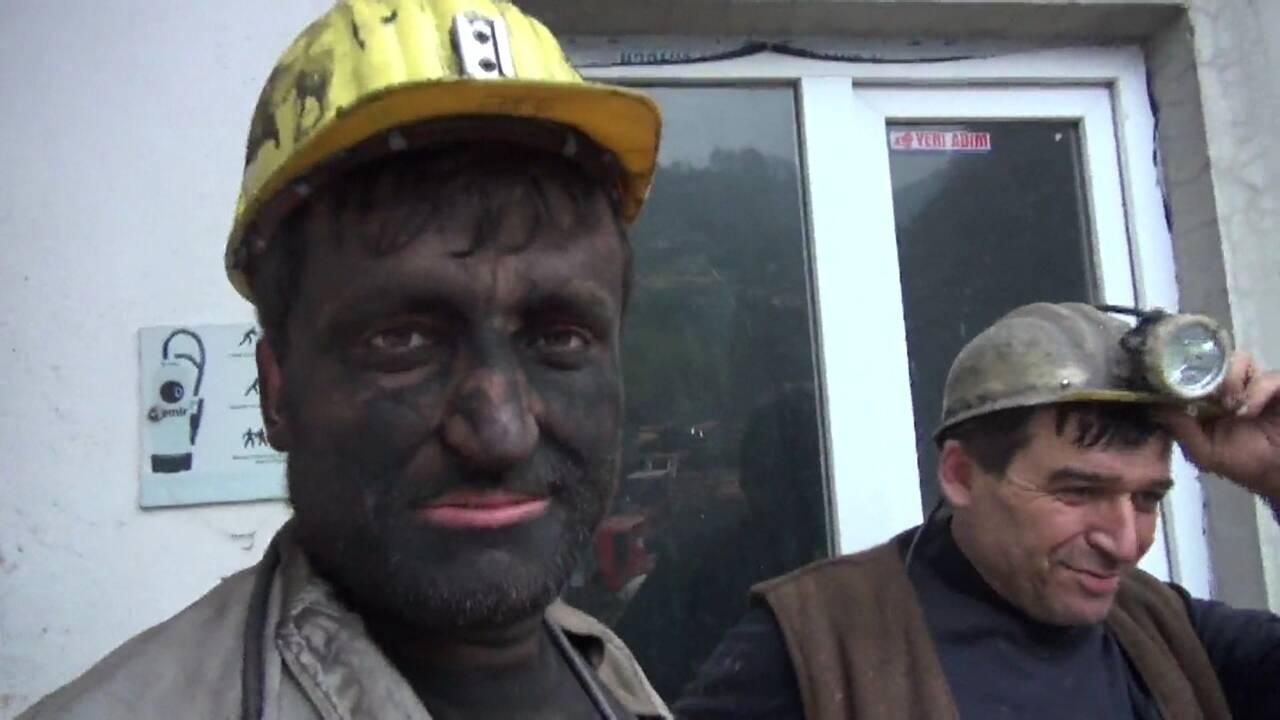 Bir Madencinin 1 Günü Nasıl Geçer?