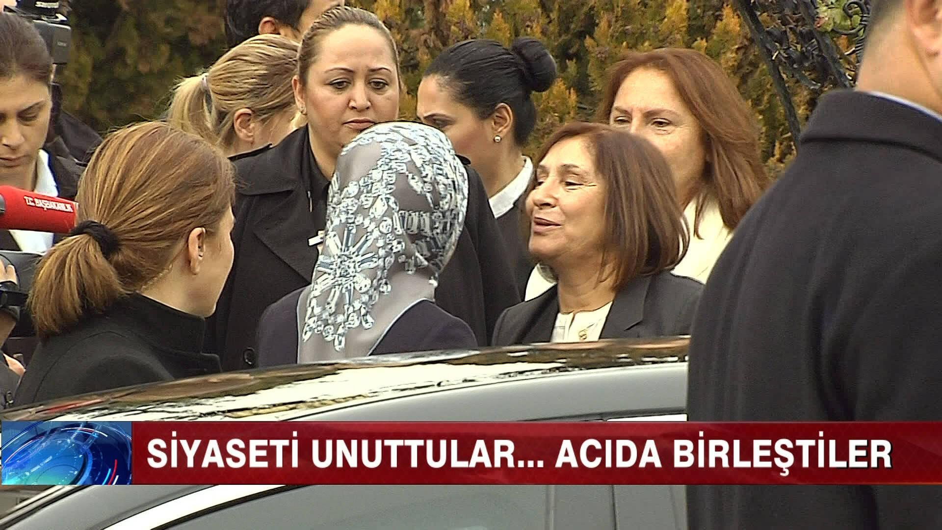 Cüneyt Özdemir'den lider eşlerinin centilmen buluşmasına manidar yorum.Anlayana!
