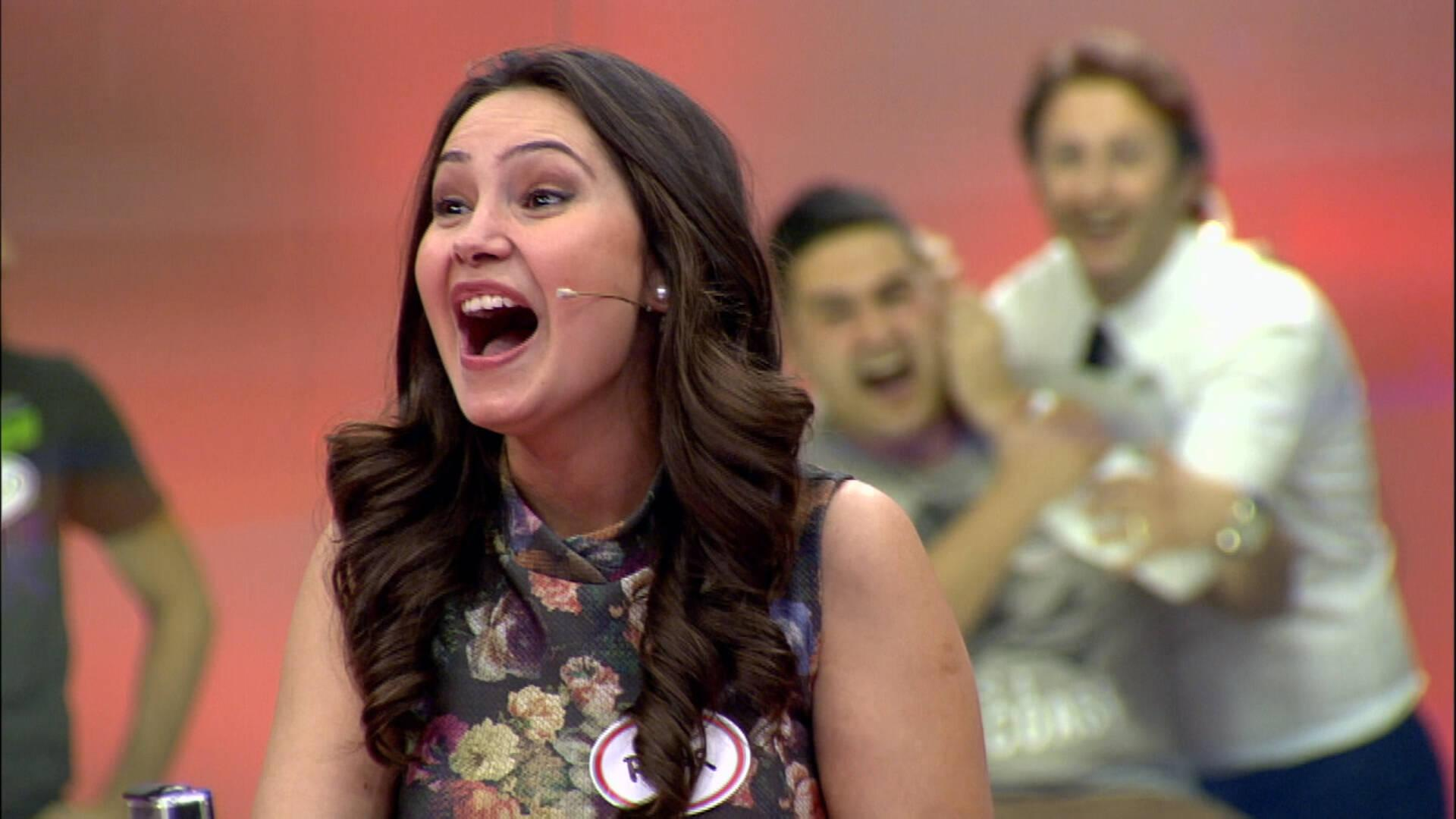 Pınar Hanım'ın şaşırtan kulak takıntısı!