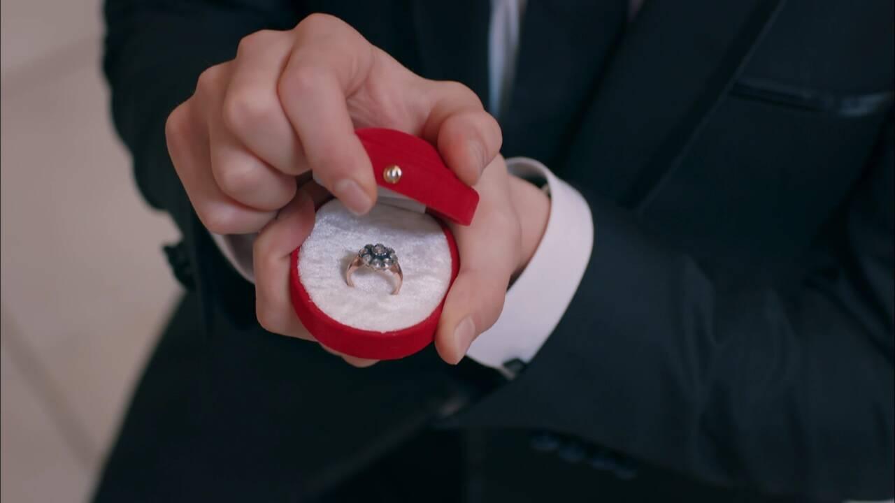 Şok eden evlenme teklifi!