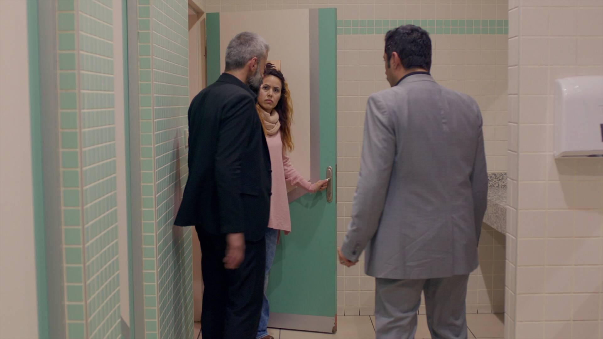 Zülfikar ve Sefer'in tuvalet macerası