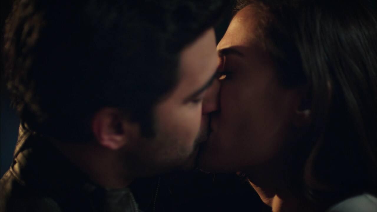 Şok eden öpücük!