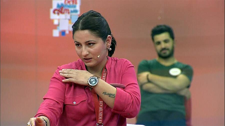 Pınar Hanım'dan, Murat Bey'e kavgada söylenmeyecek sözler!