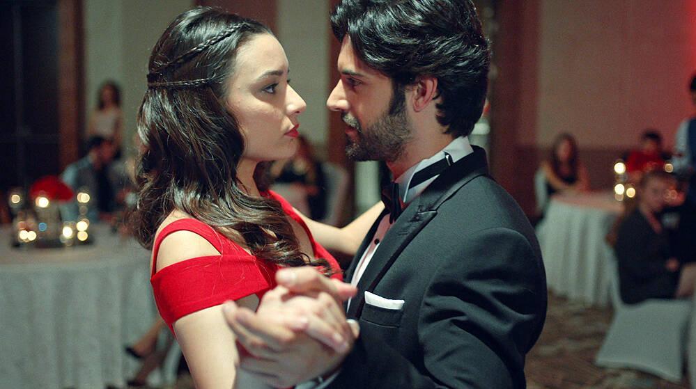 İnci ve Engin'in romantik dansı!