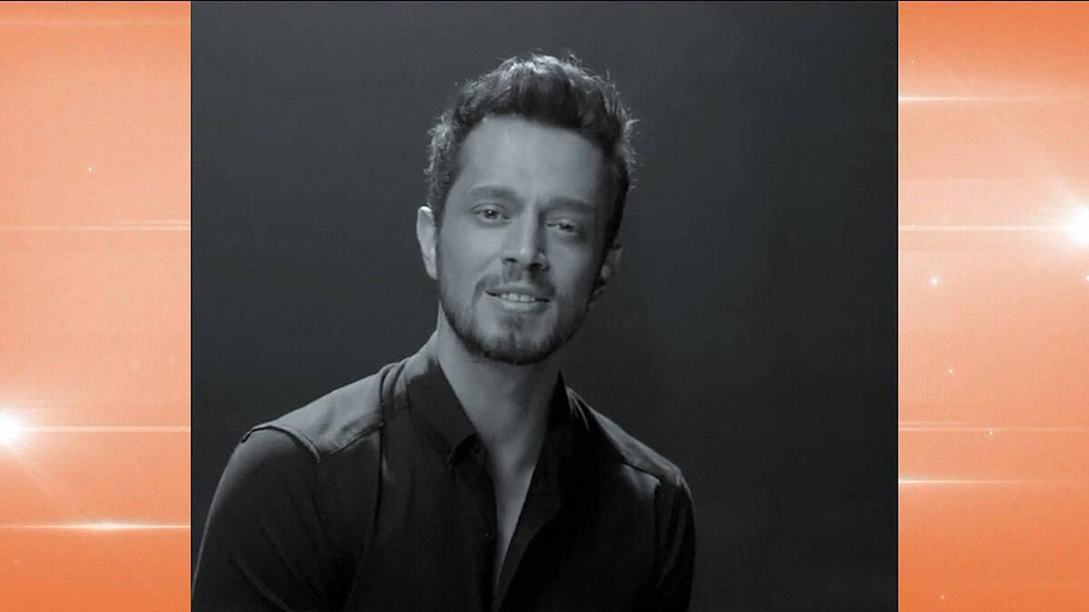 Murat Boz'dan, Aslı Enver'e sürpriz doğum günü şarkısı!
