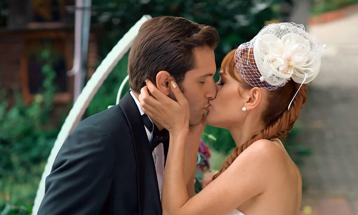 Yıldırım nikahıyla gelen evlilik!