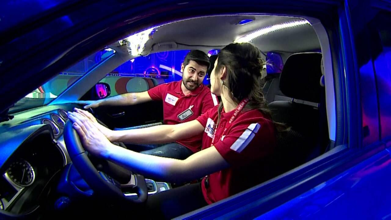 Arabayı kazanan çift kim oldu?