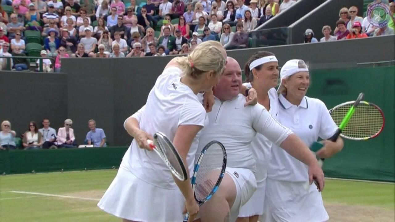 Tenis kortunda şok hareket!