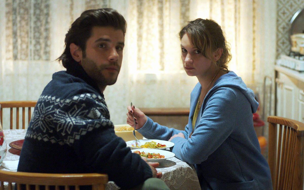 Murat ve Gülizar arasında neler oluyor?