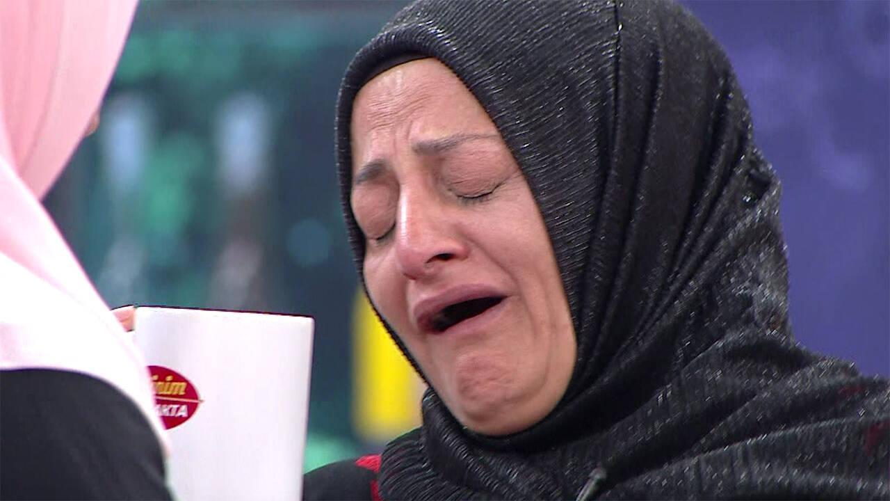Fatih Ürek'in söylediği şarkı sonrası Ziyafet Hanım fenalaştı!