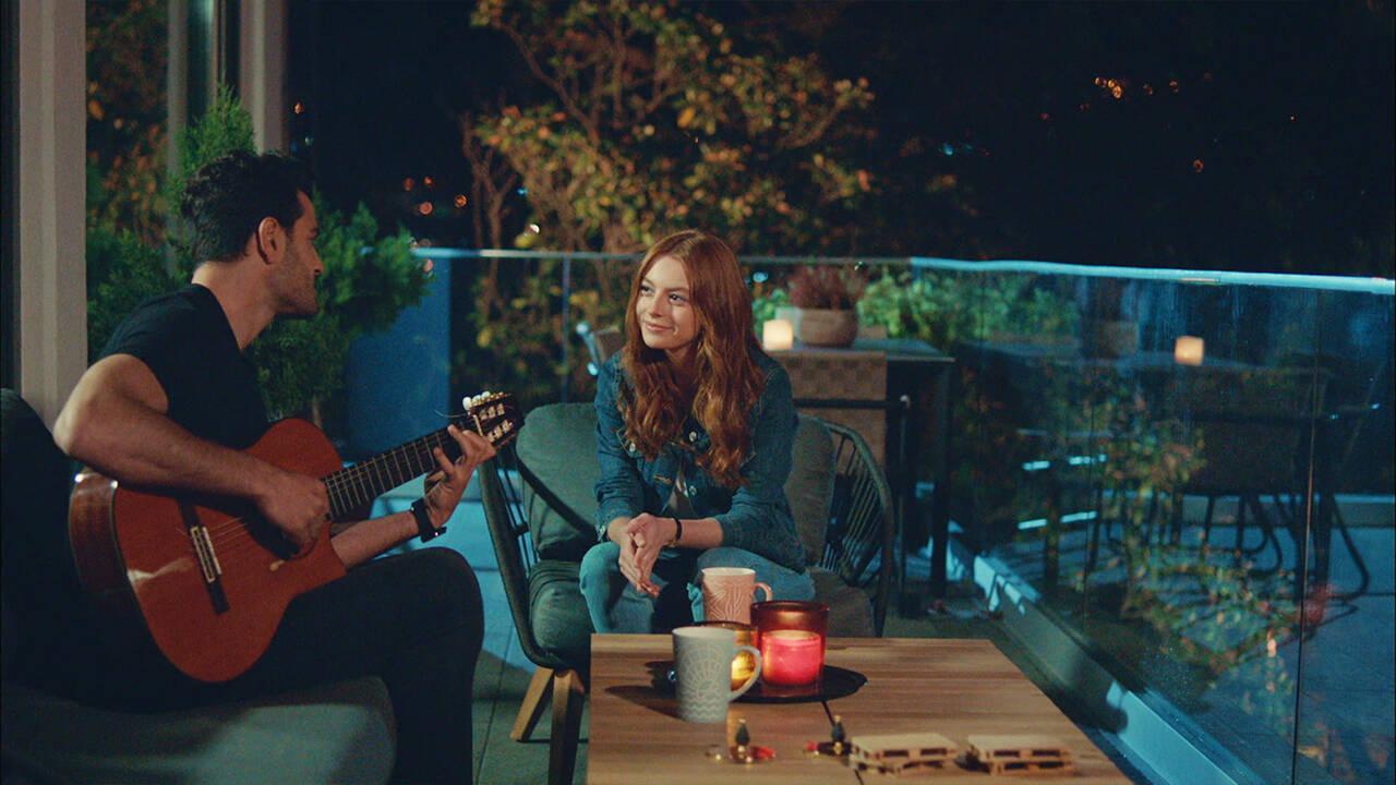 Cem ve Yasemin'in romantik anları!