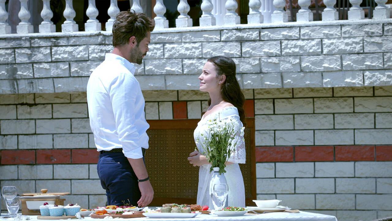 Levent, Meryem'e evlilik teklifi ediyor!