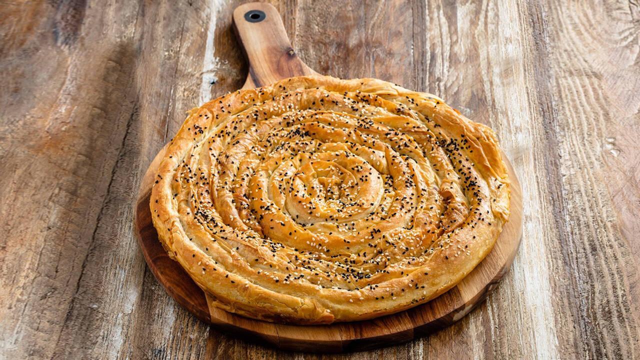Arda'nın Mutfağı - Pırasalı Kol Böreği