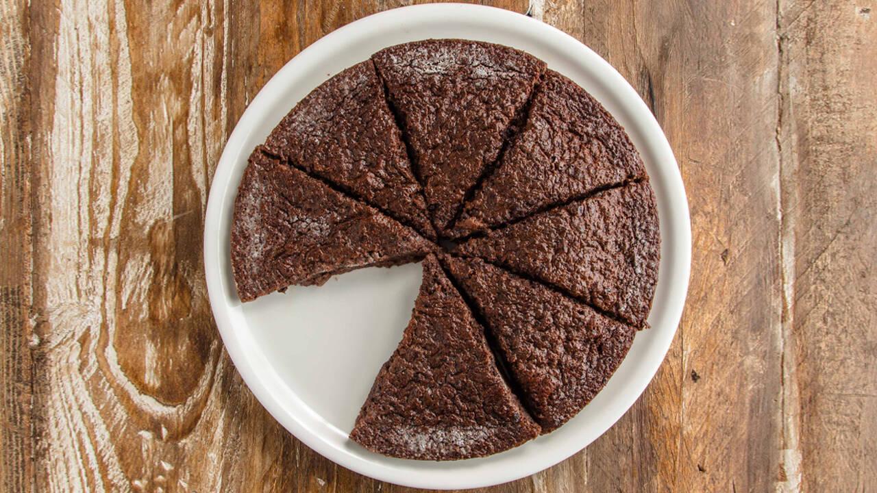 Arda'nın Mutfağı - Tahinli Çikolatalı Islak Kek