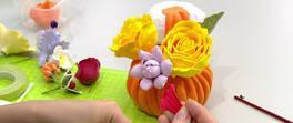 Sanat kili ile balkabağı ve çiçek yapımı