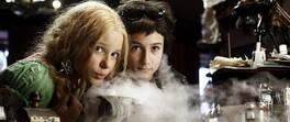 12 yaşında bir vampirsen... Vampir Kız Kardeşler film izle!