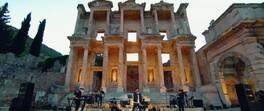4. konsere Efes Antik Kenti ev sahipliği yaptı