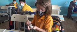 Yüz yüze eğitimde yeni dönem: 5 sınıf daha başladı | Video