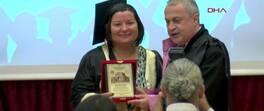 Mezuniyet sevincini 56 yaşında tattı