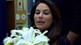 Melek'e gelen sürpriz çiçek