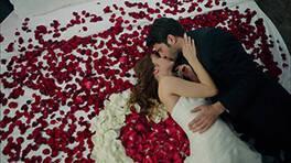 Azra ve Can evleniyor