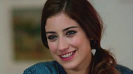 Şebnem, Azra'ya Kerem'le ilgili hislerinden bahseder