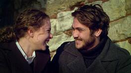 Mete ve Ayça aşk sarhoşu