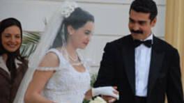 Güllü ile Kemal'in düğünü var