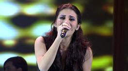 İrem Dericiden canlı performans