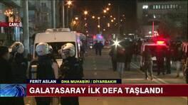 Galatasaray ilk defa taşlandı