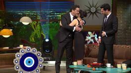 Murat Yıldım ve Ezgi Mola'dan Beyaz Show'a hediye!