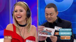 """Chloe Loughnan ve Serdar Ortaç'ın komik """"Anla Beni"""" oyunu!"""