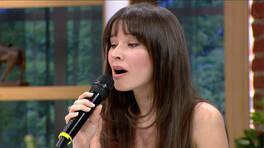 Güzel oyuncu Açelya Özcan'ın sesi de güzel!