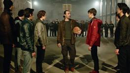 Tarık kavgayı basket sahasında çözdü!