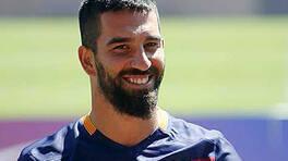 Ünlü futbolcu Arda Turan'dan Adı Efsane paylaşımı!