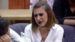 Melis, damatlar evini bastı! Gözyaşlarını tutamadı!