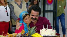 Emine'ye sürpriz doğum günü partisi!