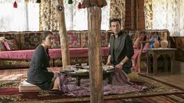 Ver Elini Aşk'ın 8. Bölümünde, Ayperi'nin kız isteme merasimindeki tepkisi merak ediliyor! Ver Elini Aşk 9. Bölüm Fragmanı yayınlandı mı?