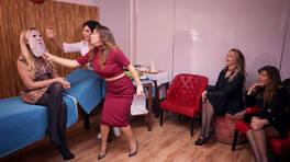 Sosyetik Ev Kadınları / 19.02.2018