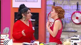 Rabia'nın söylediklerine sinirlenen Reyhan Hanım mutfağa daldı!