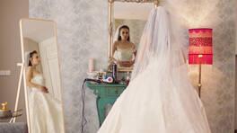 Ceren kiminle evleniyor!