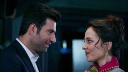 Cemil, Ayşe'ye aşık mı oluyor?