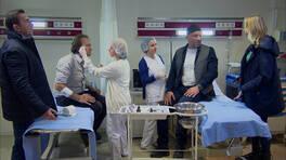 Sağırlık yaşayan Hüsnü ve Mesut hastaneyi birbirine kattı!