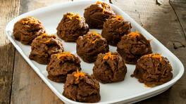 Çikolatalı Un Helvası Tarifi - Çikolatalı Un Helvası Nasıl Yapılır?