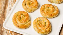 Arda'nın Mutfağı - Tavuklu Pestolu Börek Tarifi - Tavuklu Pestolu Börek Nasıl Yapılır?