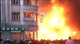 2 Temmuz'da Madımak'ta ne oldu? Sivas katliamının üzerinden 27 yıl geçti   Video