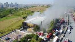 Son dakika: Başakşehir'de fabrika yangını | Video