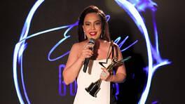 En İyi Fantezi Müzik Kadın Şarkıcı - Ebru Gündeş