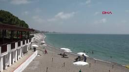 Kıyı erozyonu Antalya'daki Konyaaltı Sahilini vurdu | Video